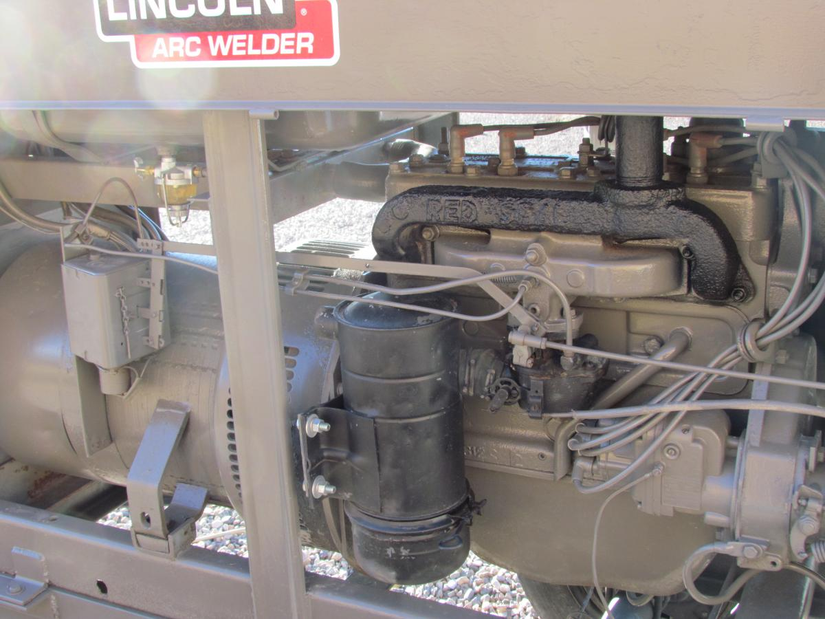 Sold Lincoln Sa 200 Pipeline Welder On Trailer Classified Welders For Sale Post 139 0 64813000 1394333792 Thumb
