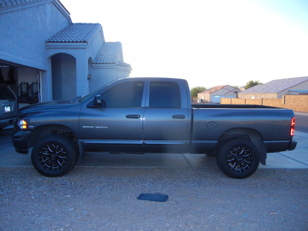 39 04 dodge ram 1500 4x4 classified ads discussion forum. Black Bedroom Furniture Sets. Home Design Ideas