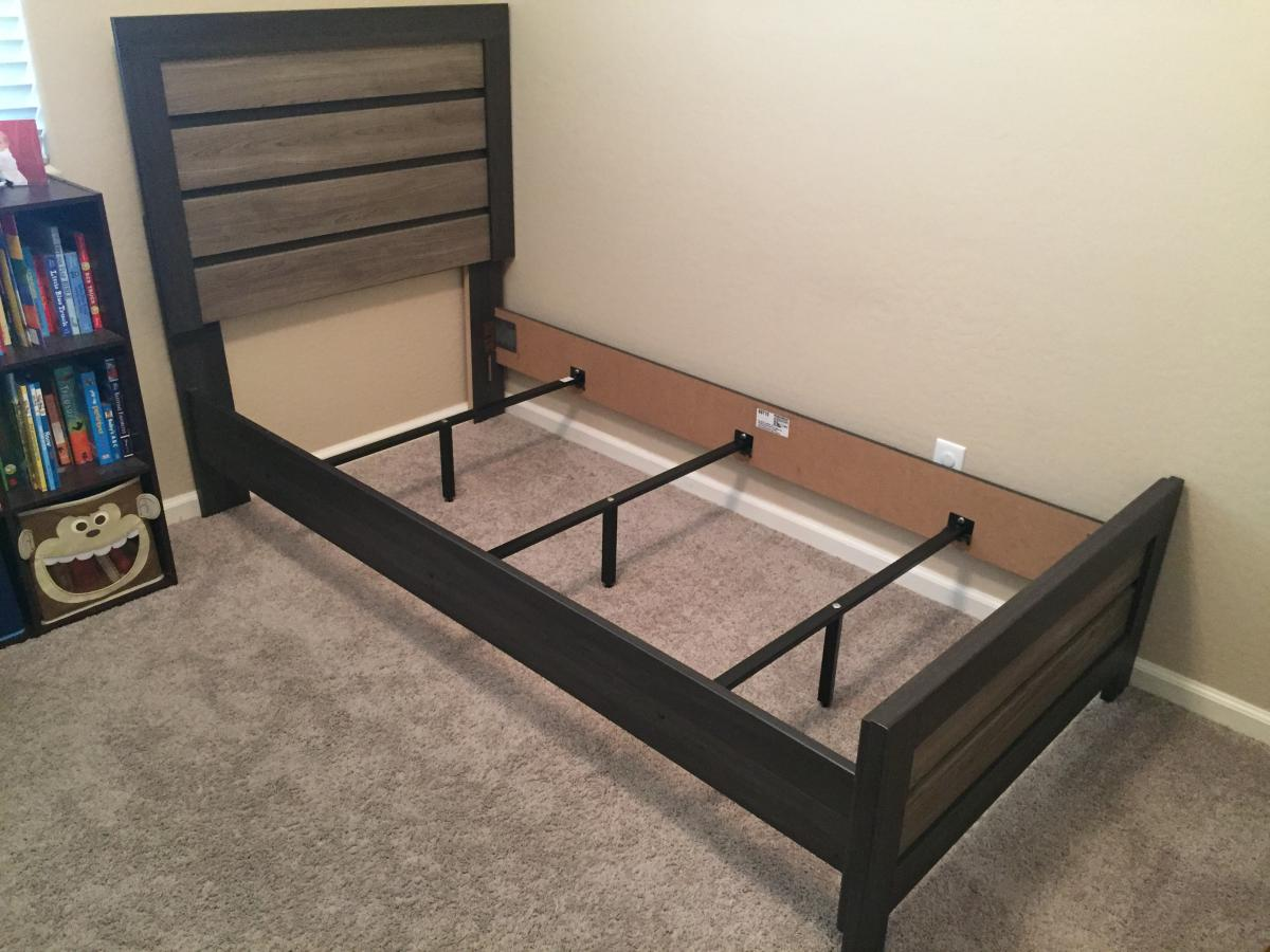 Tv Twin Mattress Boxspring Kids Playset Bed Update Prices Classified Ads