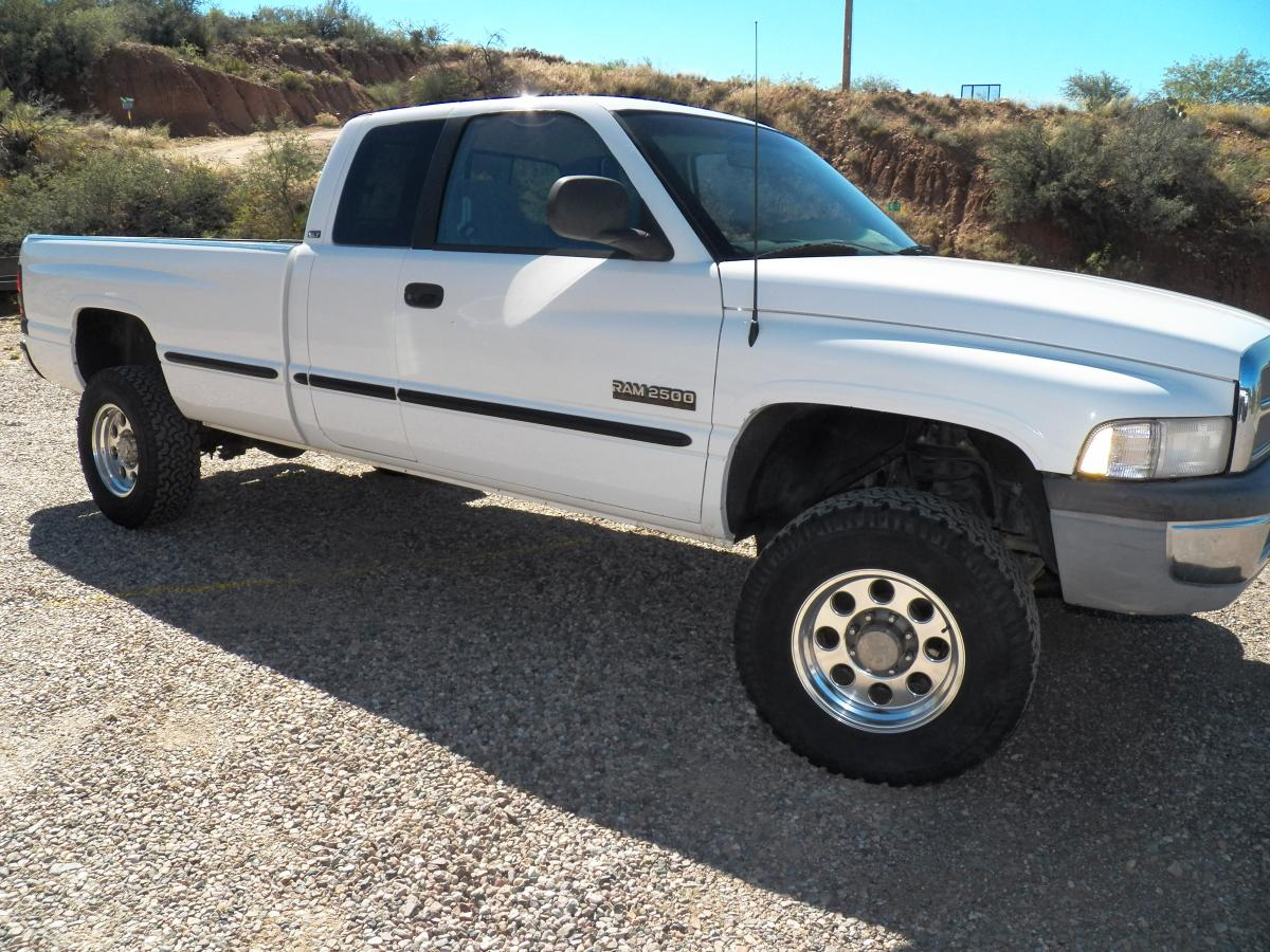 1998 dodge ram 2500 cummins diesel 4x4 for sale classified ads discussion. Black Bedroom Furniture Sets. Home Design Ideas