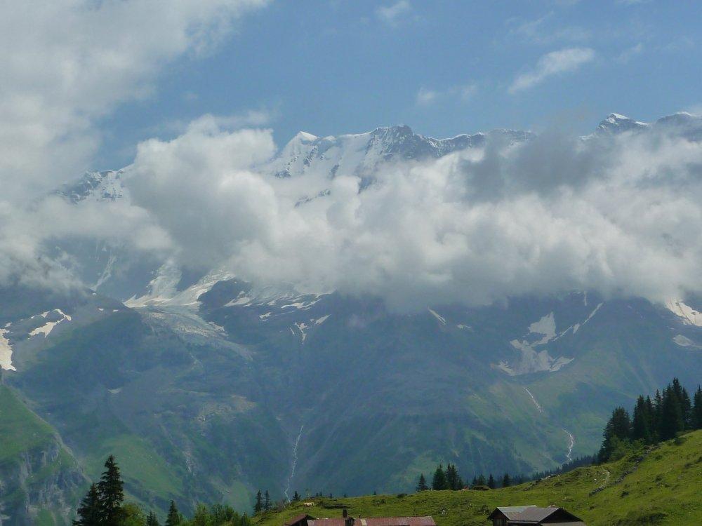 Gimmelwald Jungfrau Massif 1.JPG