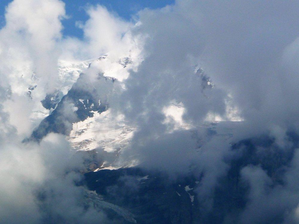 Gimmelwald area glacier.JPG