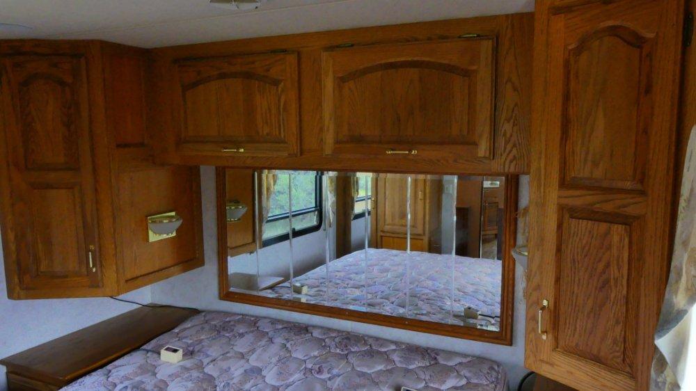 Bedroom Cabinets.jpg