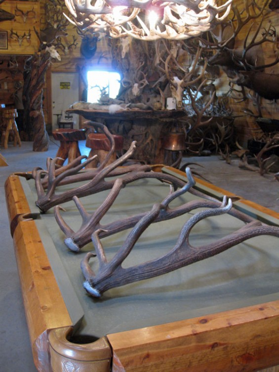 elk-series-pool-table